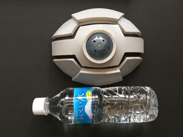 サイズはペットボトル(500ml)ぐらいになります